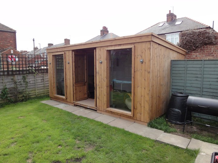 Home office garden room apex timber buildings for Garden house office
