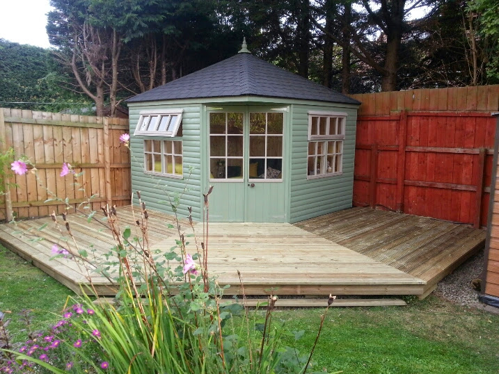 Corner garden room apex timber buildings for Timber garden rooms