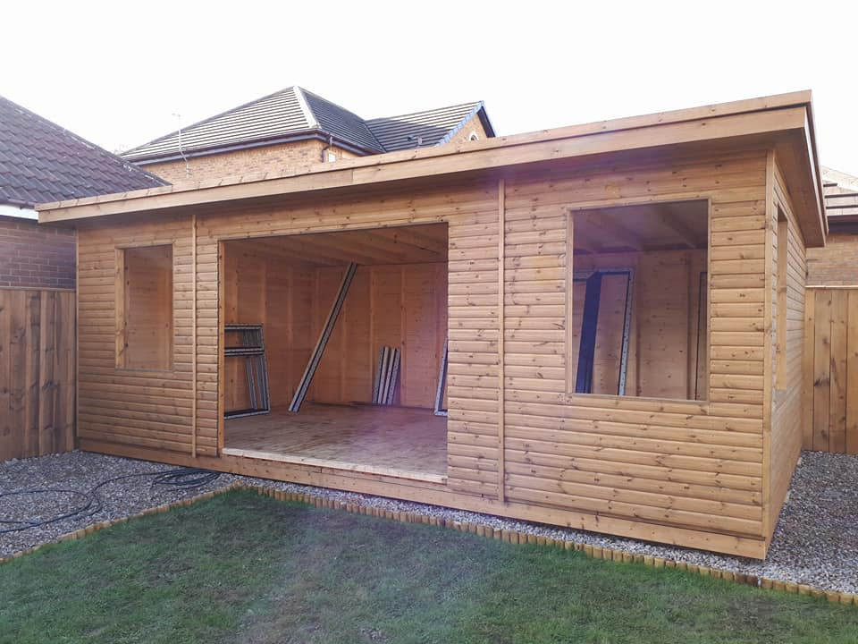 Timber garden room apex timber buildings for Timber garden rooms
