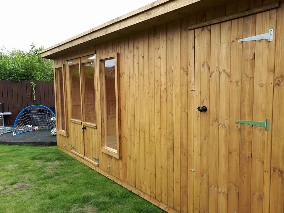 Garden rooms studios home offices apex timber buildings for Timber garden rooms